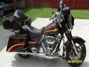 2010 - Harley-Davidson CVO Street Glide FLHXSE