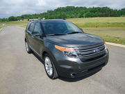 2015 Ford ExplorerXLT Sport Utility 4-Door